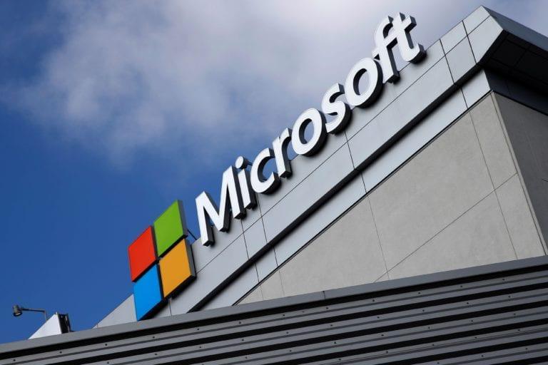"""Microsoft deschide primul său magazin din Europa în Londra, în """"coasta"""" lui Apple"""