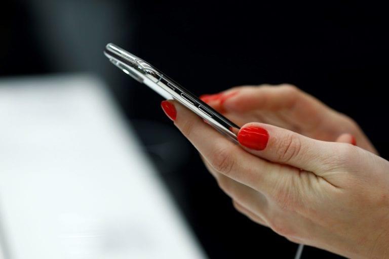 ANCOM vrea să taie cu 10% tarifele pentru terminarea apelurilor mobile