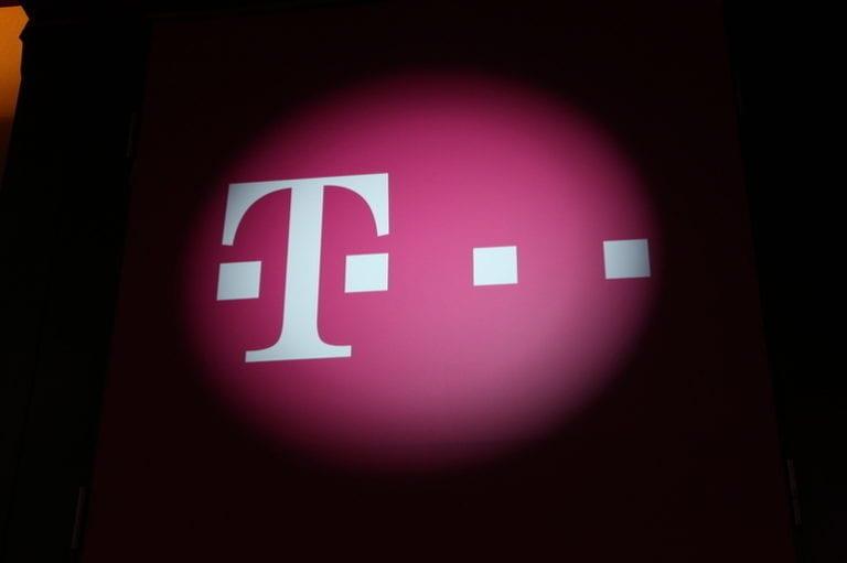 Telekom va moderniza rețeaua de voce și date a Internelor
