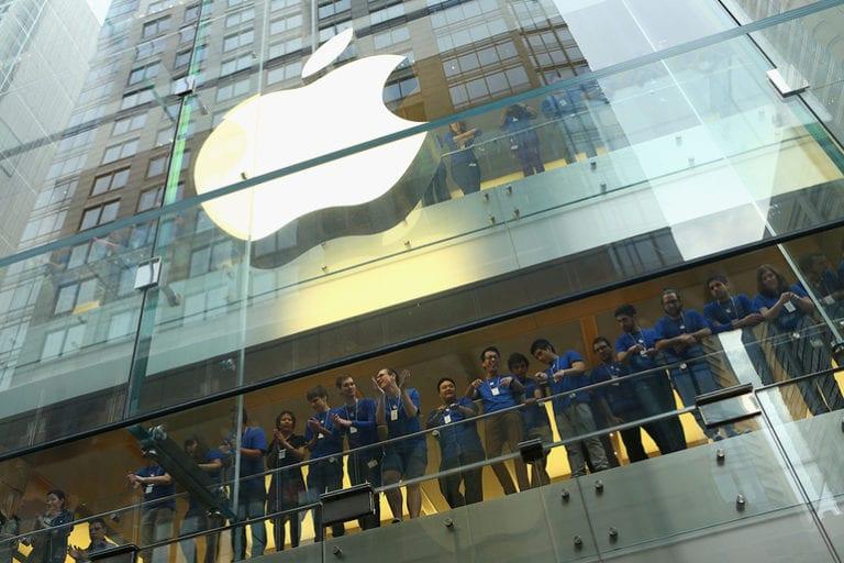 Apple a vândut obligațiuni de 7 miliarde de dolari, prima ofertă de acest tip efectuată după noiembrie 2017