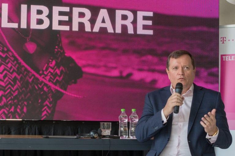 Grupul Telekom România surprinde în trim. 3 cu o creştere de 7,4% a veniturilor, la 244 mil. euro. Profitul şi numărul de clienţi au rămas în scădere