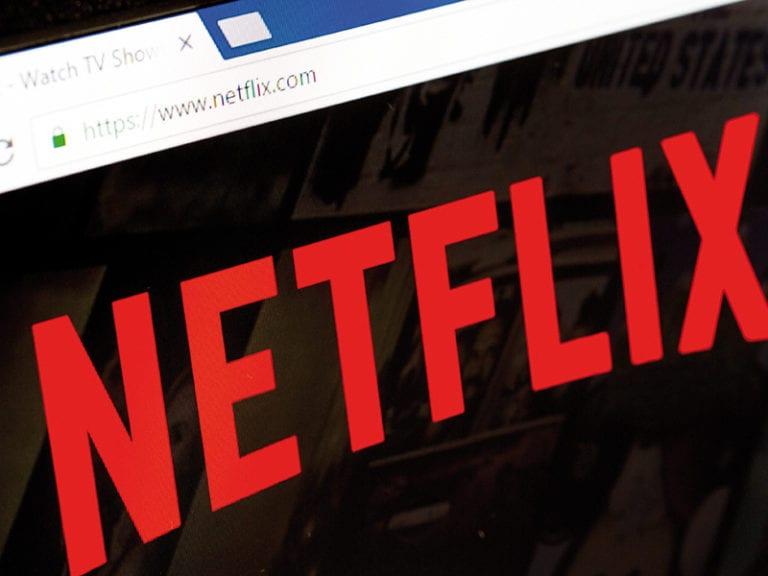 Netflix ar putea pierde 10 milioane de abonaţi anul viitor dacă nu ieftineşte preţul abonamentelor