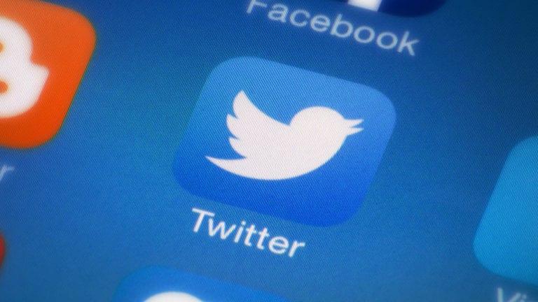 Trump își doboară recordul de activitate pe Twitter într-o singură zi, de când a ajuns la Casa Albă