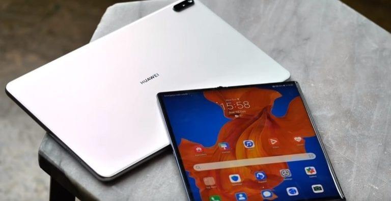 Huawei lansează cea mai nouă versiune a telefonului său pliabil
