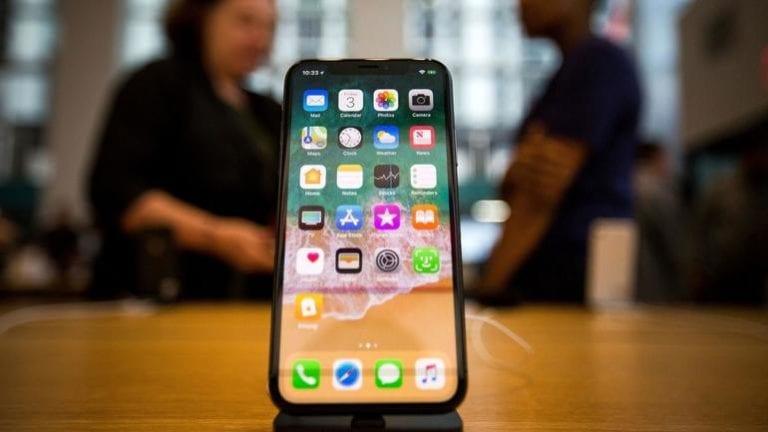 Cutia cu iPhone-ul din 2020 va fi mai săracă decât de obicei