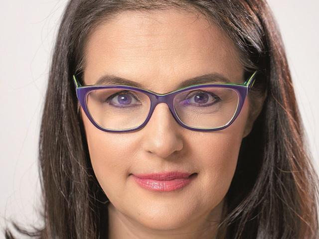 Simona Decuseară, Epson România: Trecerea la munca de acasă a dus la o explozie a vânzărilor de imprimante pentru acasă. Per total, piaţa a crescut cu peste 36% în volum în 2020