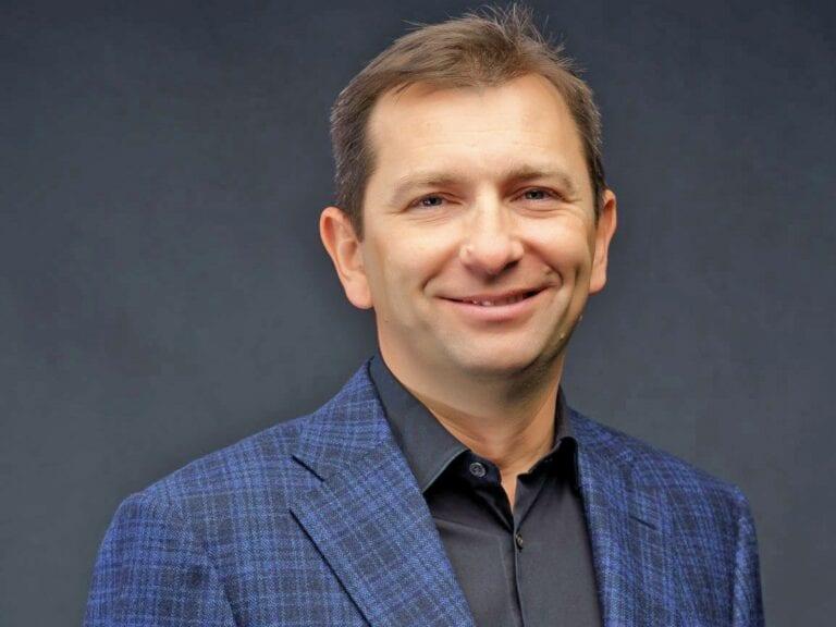 """Studiu Confidex. Digitalizarea a """"luat faţa"""" creditării în rândul priorităţilor pe care le au micii antreprenori din România"""