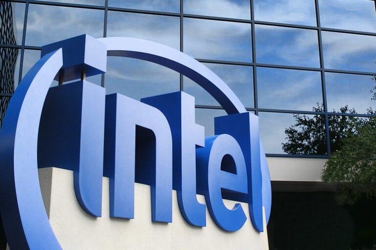 Intel vrea să obțină subvenții de 8 miliarde de euro pentru a construi o fabrică de semiconductori în Europa