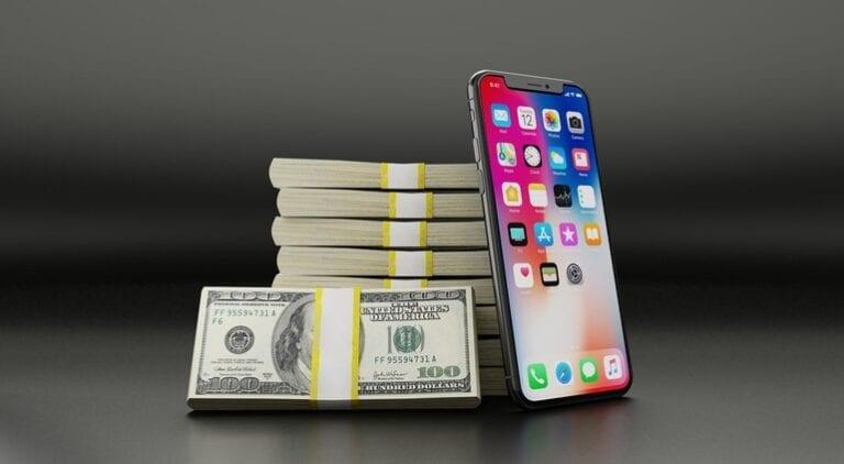 Procesul Apple vs. Epic scoate la lumină cifrele și acuzații reciproce de lăcomie: Fortnite a generat 9 miliarde de dolari în primii 2 ani, App Store are o marjă de profit de peste 77%