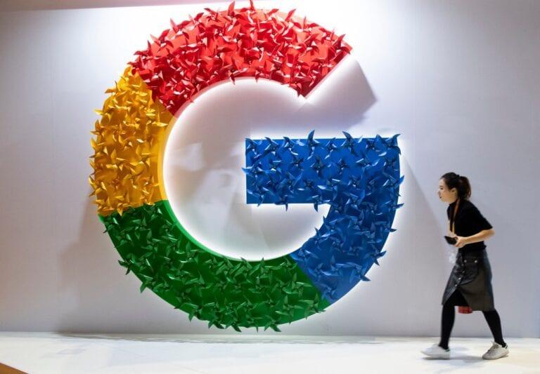 Google economiseşte 1 mld. dolari pe an pentru că angajaţii lucrează de acasă