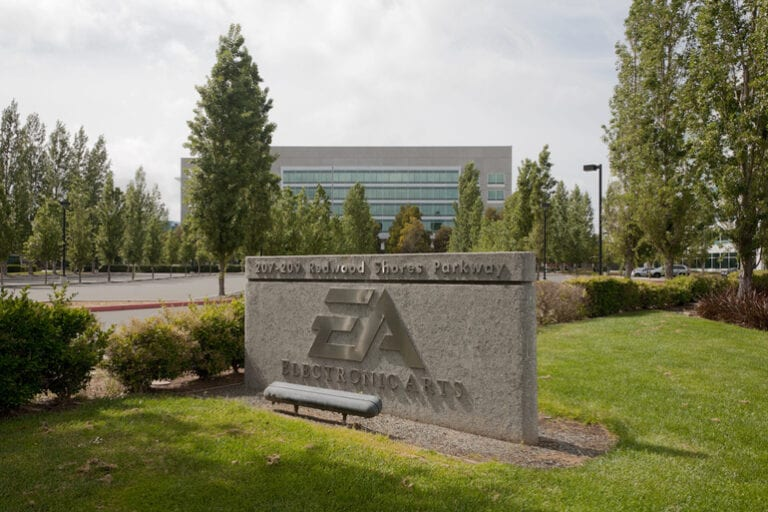 Codurile sursă ale mai multor produse Electronic Arts au fost furate de hackeri
