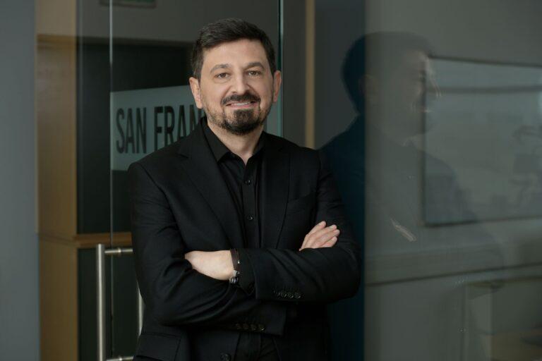 """Compania de tehnologie 2Performant Network, principalul jucător din piaţa de marketing afiliat din România, a încheiat primul semestru cu afaceri de 10,8 mil.lei, în creştere cu 17%, şi o pierdere de 1,2 mil.lei. CEO:""""Au fost cele mai bune 6 luni de până acum din punct de vedere al încasărilor"""""""