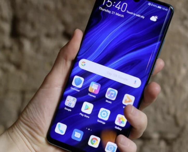 Preşedintele Huawei se aşteaptă în 2021 la venituri mai mici cu 40 de miliarde de dolari din vânzările de smartphone